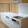 使いやすい対面式キッチン