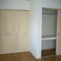 無垢材の家具で大容量収納